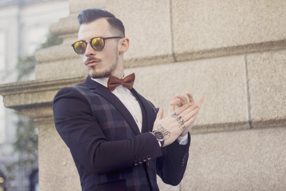 Damian Broderick My Kind Of Tie13
